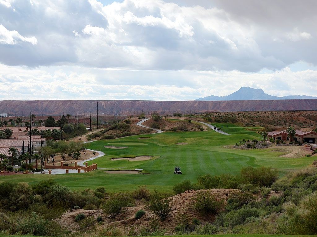 16th Hole at Oasis (Canyons) (512 Yard Par 5)