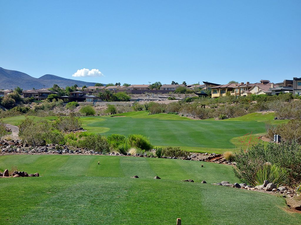 17th Hole at Rio Secco Golf Club (548 Yard Par 5)
