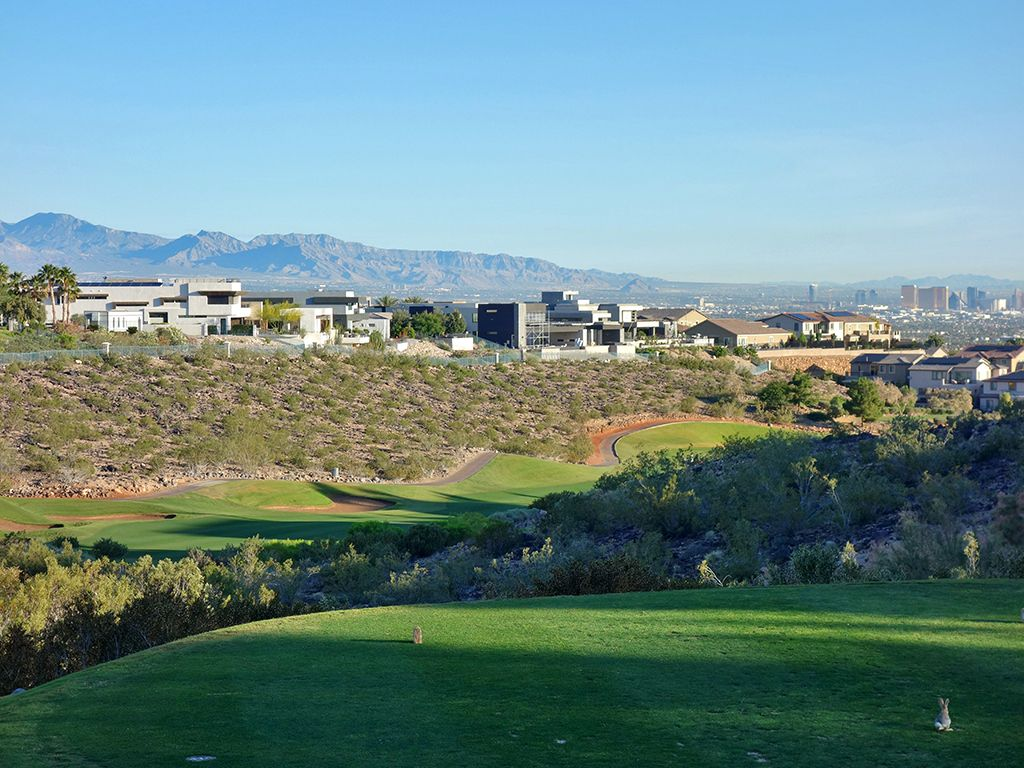 2nd Hole at Rio Secco Golf Club (452 Yard Par 4)