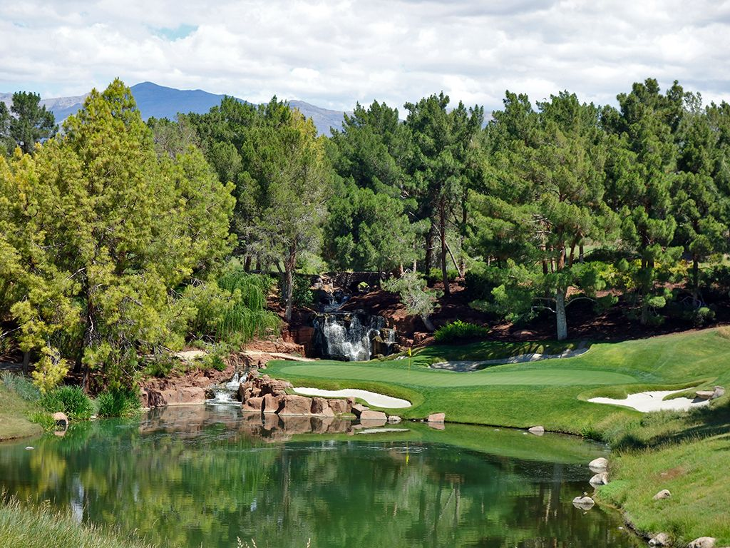 17th Hole at Shadow Creek Golf Club (154 Yard Par 3)