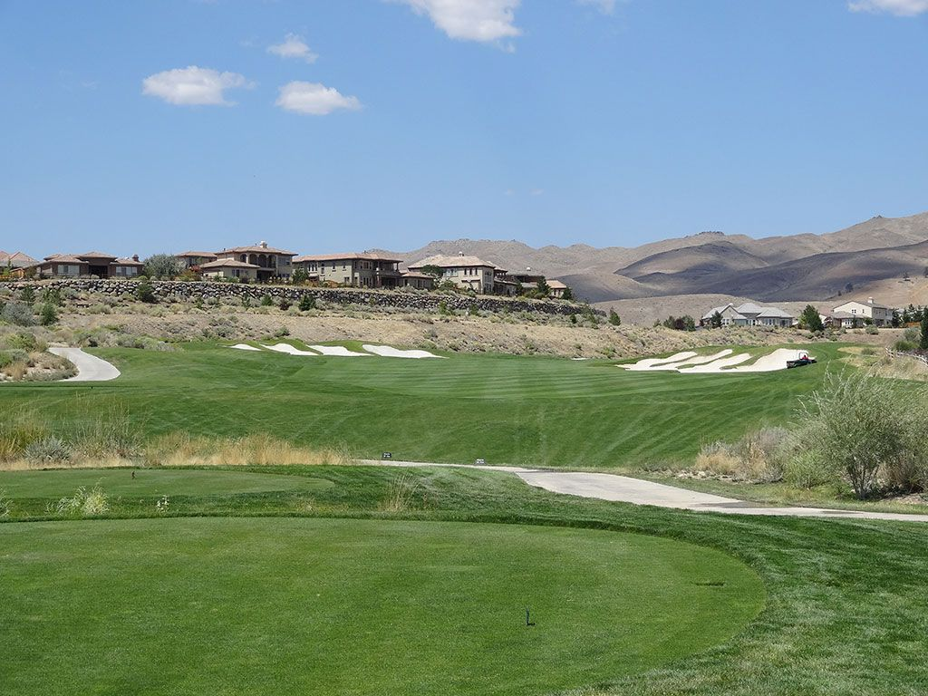 18th Hole at Somersett Golf and Country Club (566 Yard Par 5)