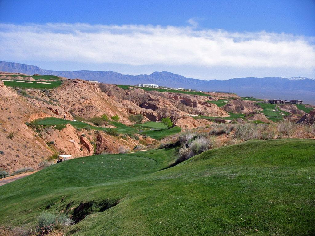 8th Hole at Wolf Creek Golf Club (248 Yard Par 3)