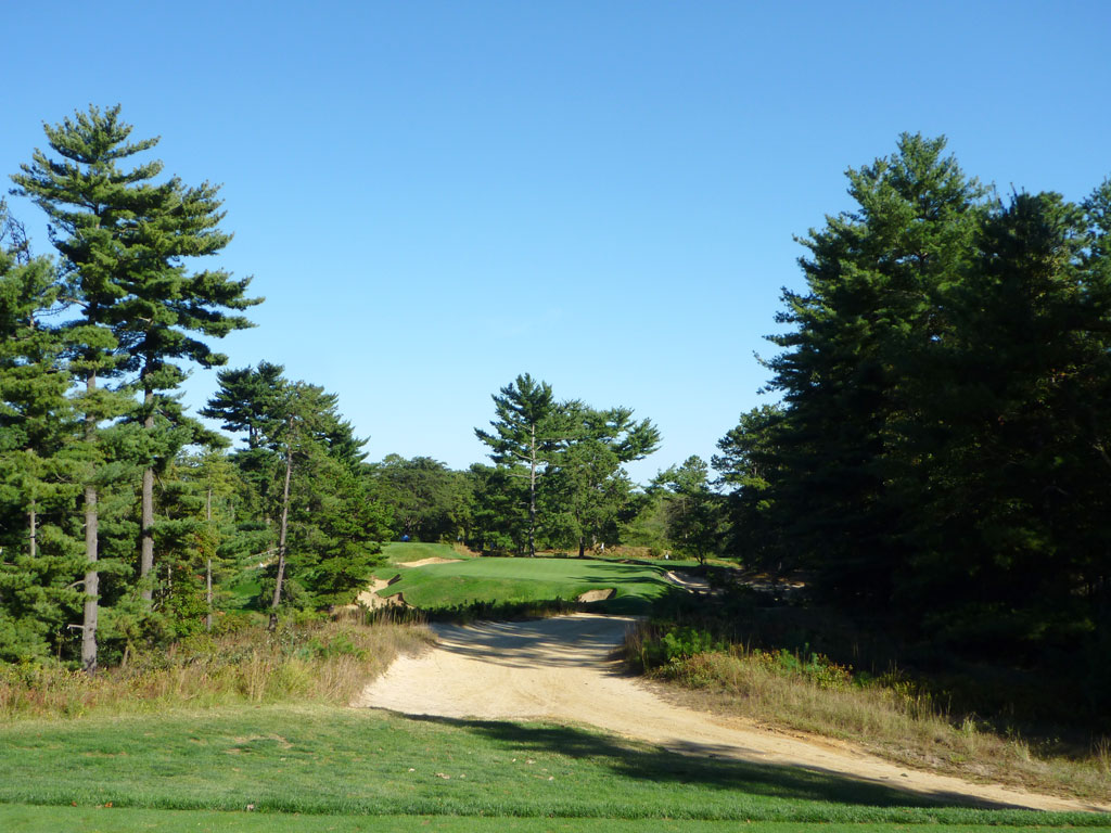 10th Hole at Pine Valley Golf Club (161 Yard Par 3)