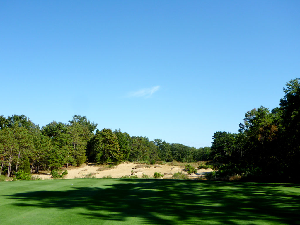 7th Hole at Pine Valley Golf Club (636 Yard Par 5)