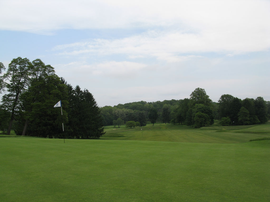 3rd Hole at Somerset Hills Country Club (378 Yard Par 4)