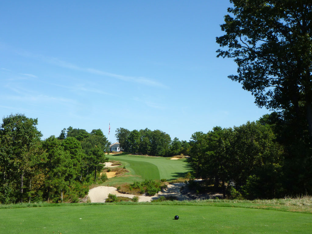 18th Hole at Trump National Philadelphia (441 Yard Par 4)