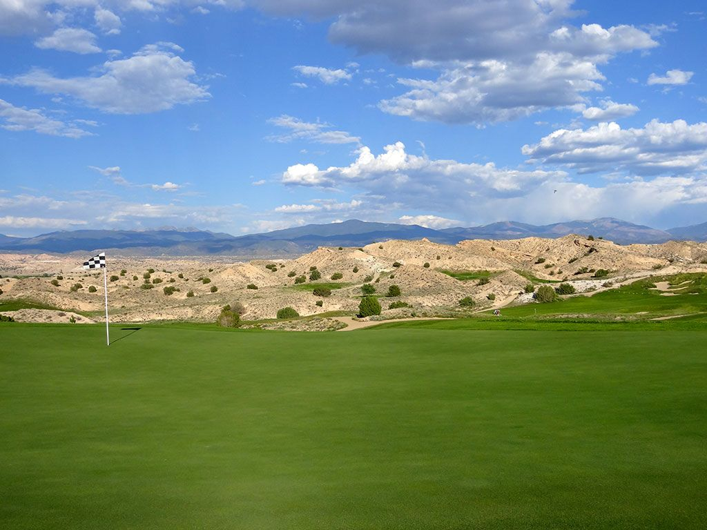 17th Hole at Black Mesa Golf Club (424 Yard Par 4)