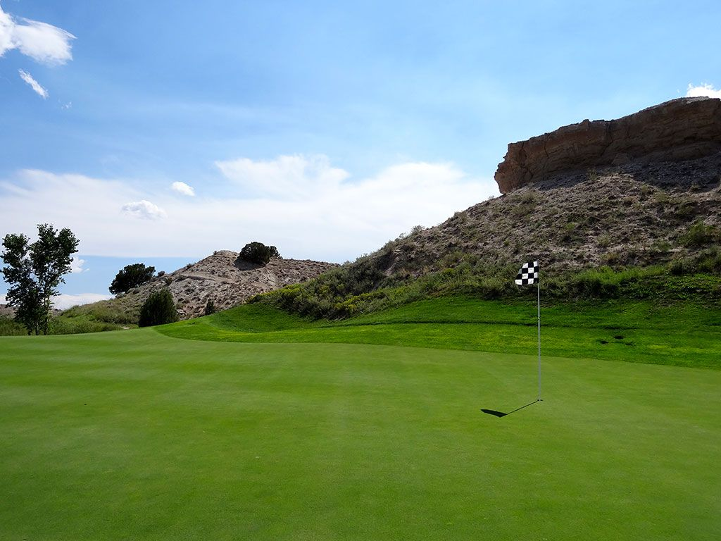 2nd Hole at Black Mesa Golf Club (404 Yard Par 4)