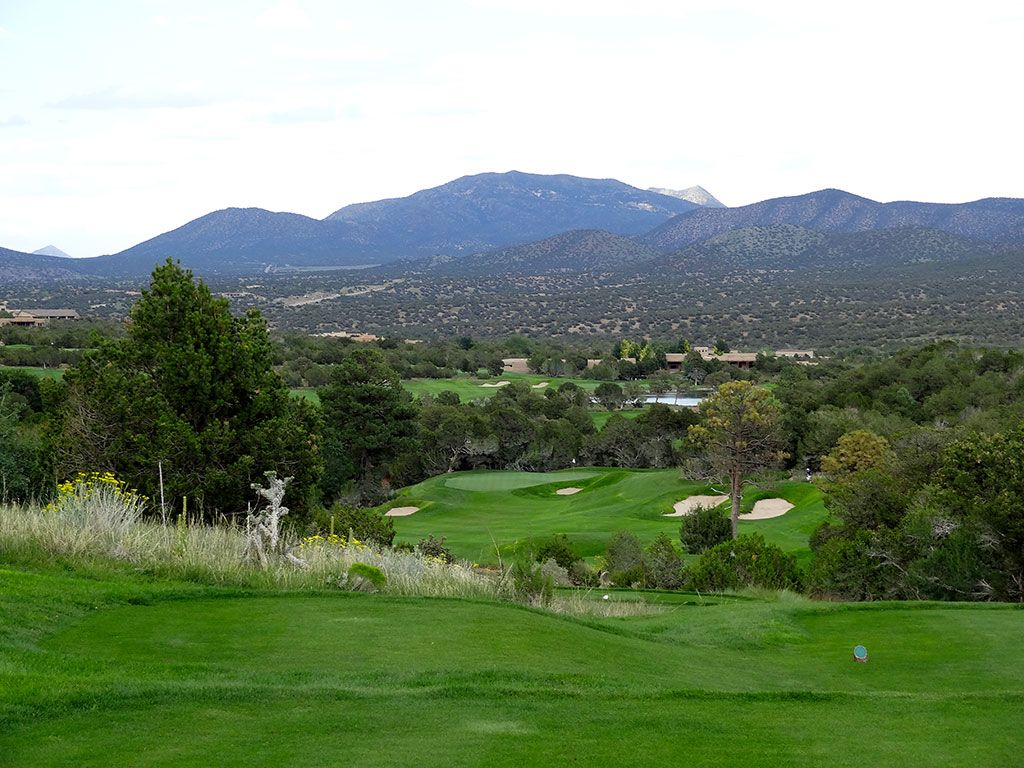 17th Hole at Paa-Ko Ridge Golf Club (419 Yard Par 4)