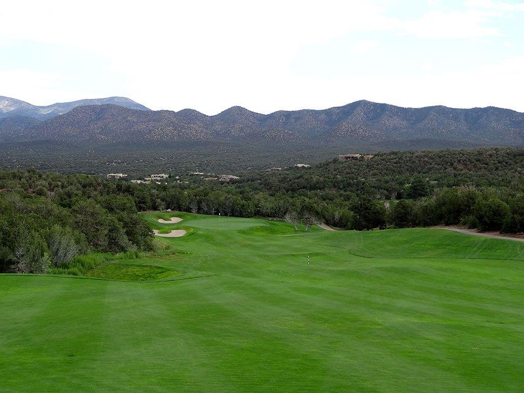 7th Hole at Paa-Ko Ridge Golf Club (496 Yard Par 4)