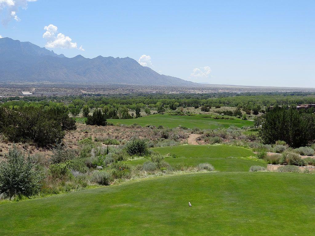 16th Hole at Twin Warriors Golf Club (648 Yard Par 5)