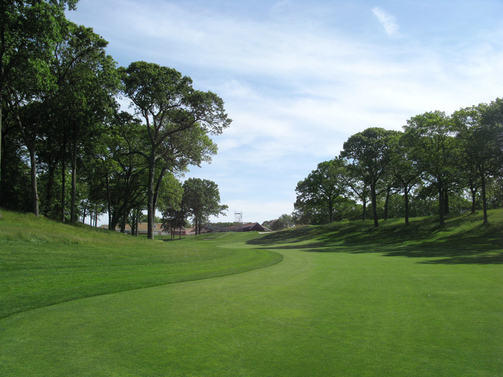 2nd Hole at Bethpage State Park (Black Course) (389 Yard Par 4)