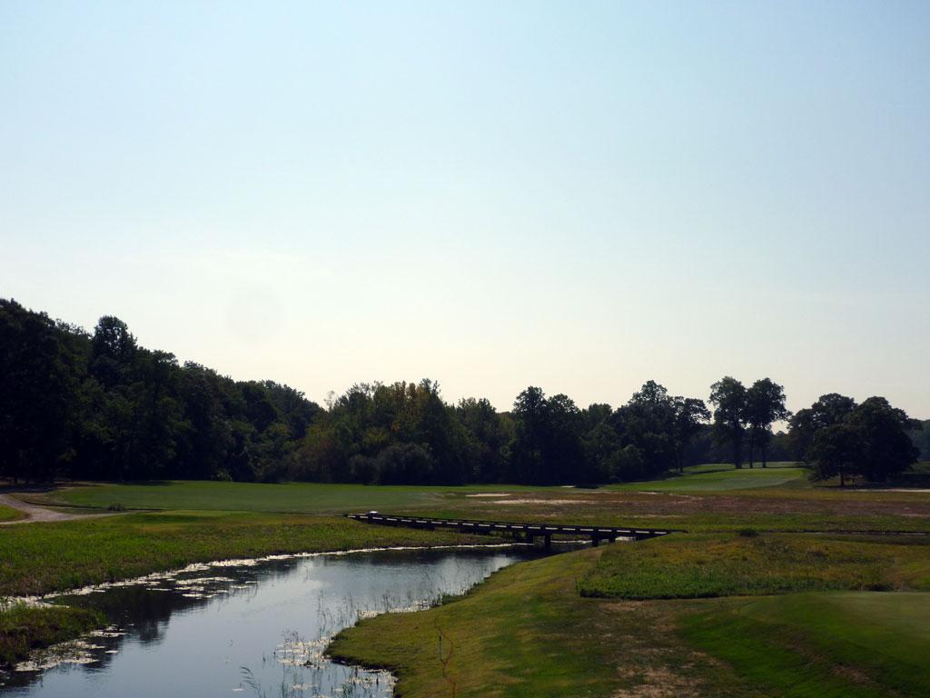 14th Hole at Creek Club (424 Yard Par 4)