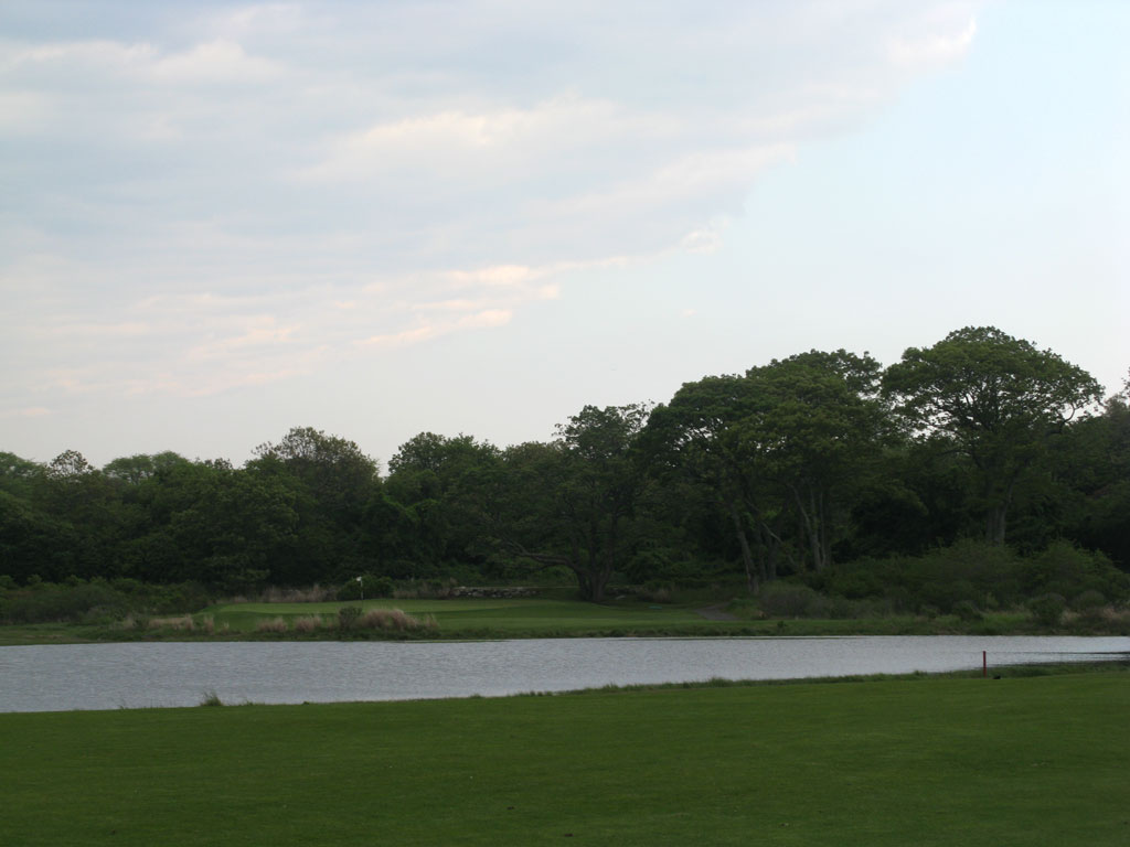 14th Hole at Fishers Island Club (425 Yard Par )