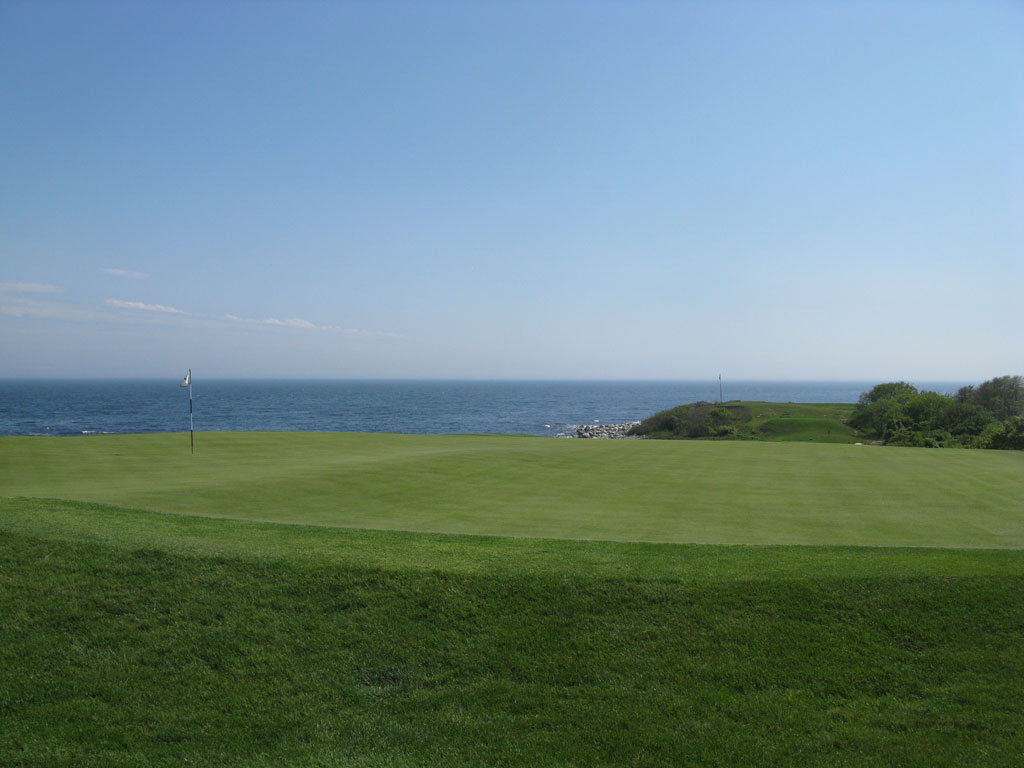 5th Hole at Fishers Island Club (207 Yard Par 3)