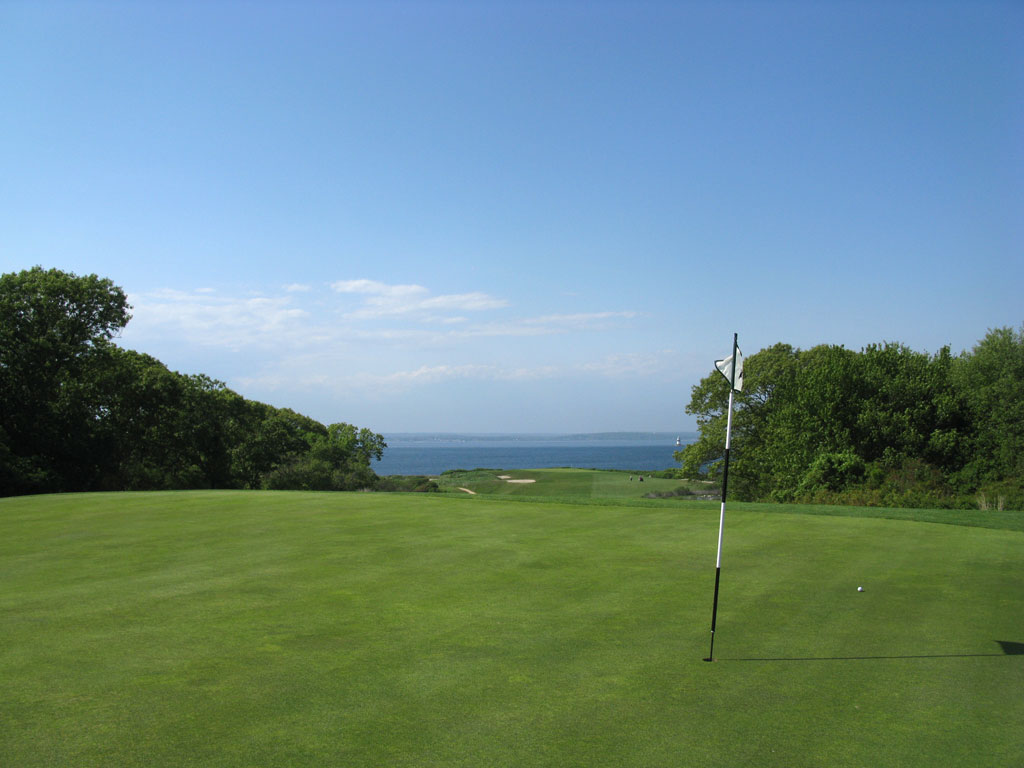 6th (Olinda) Hole at Fishers Island (520 Yard Par 5)
