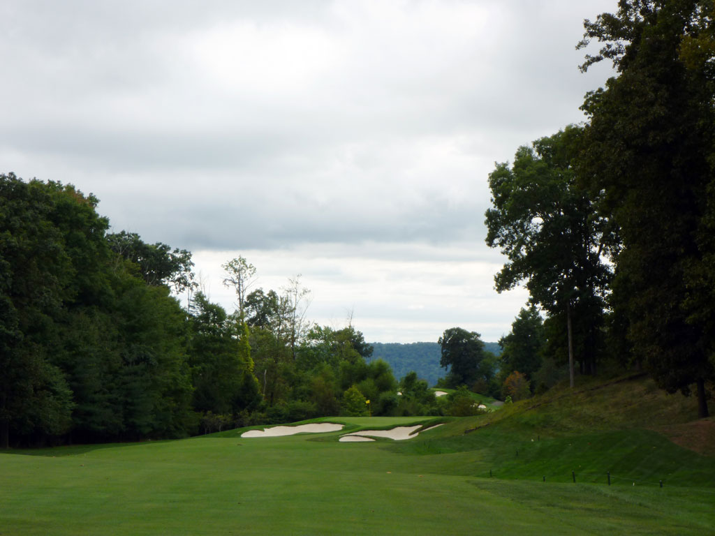 9th Hole at Hudson National Golf Club (558 Yard Par 5)