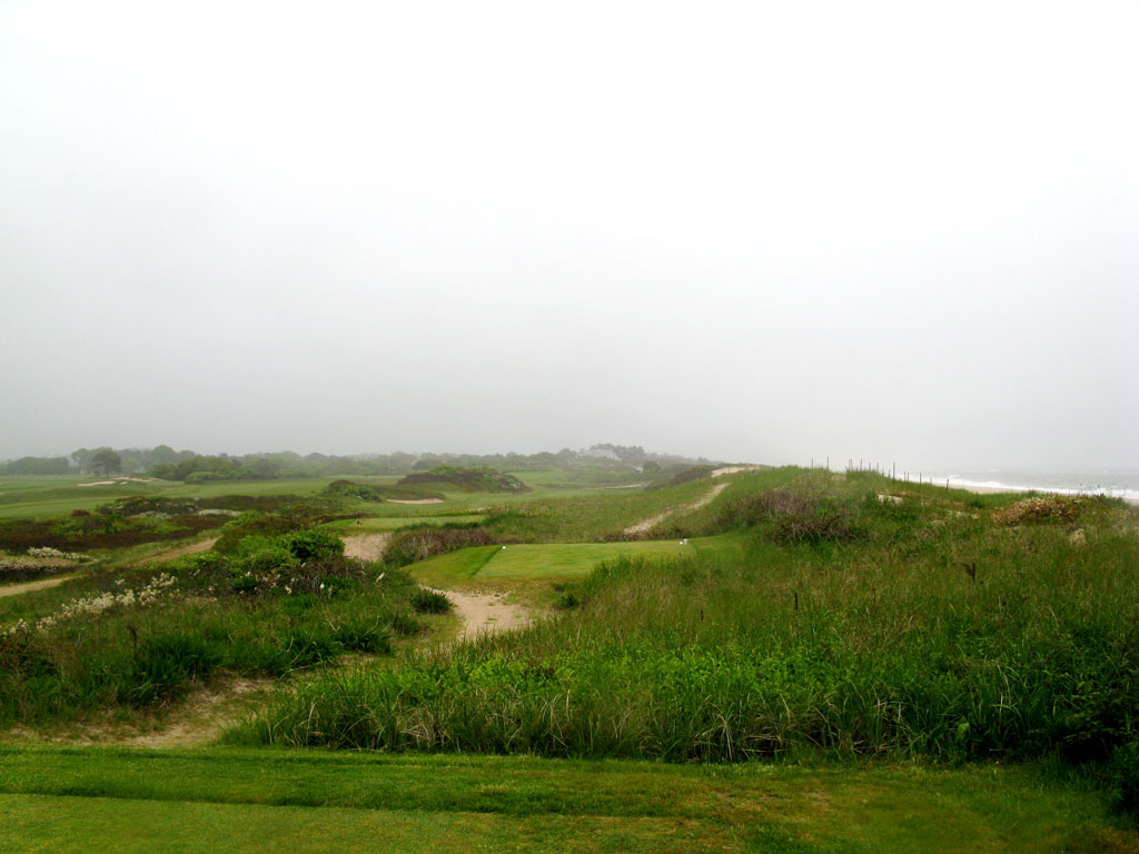 9th Hole at Maidstone Club (402 Yard Par 4)