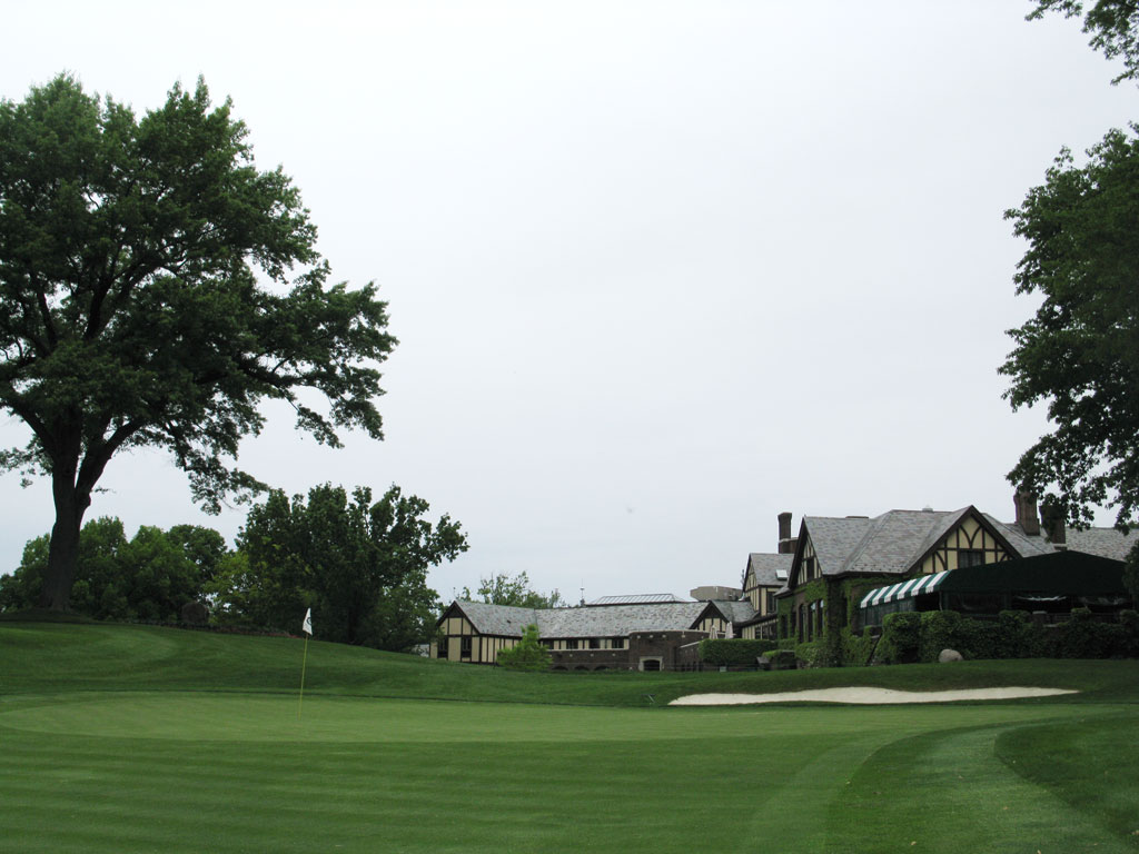 18th Hole at Oak Hill Country Club (West) (460 Yard Par 4)