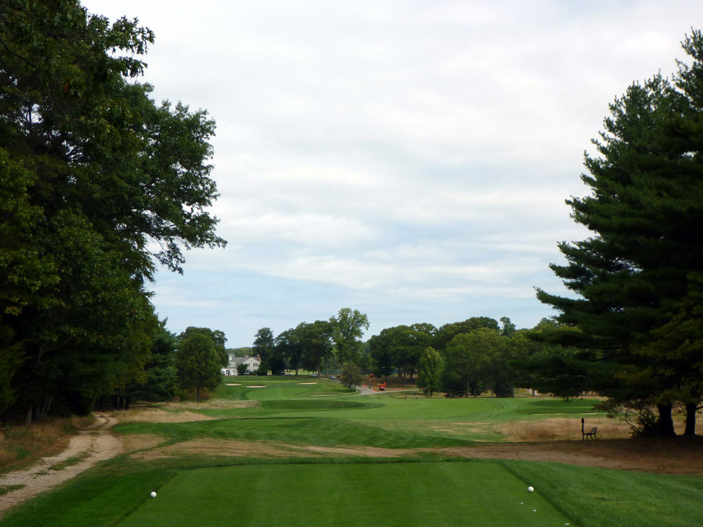 18th Hole at Piping Rock Country Club (538 Yard Par 5)