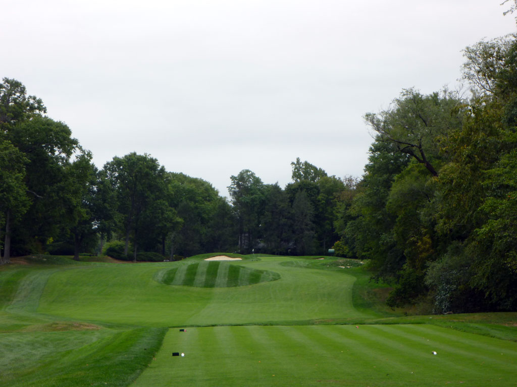 8th Hole at Quaker Ridge Golf Club (359 Yard Par 4)
