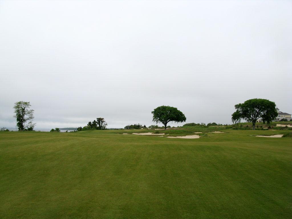 18th Hole at Sebonack Golf Club (570 Yard Par 5)
