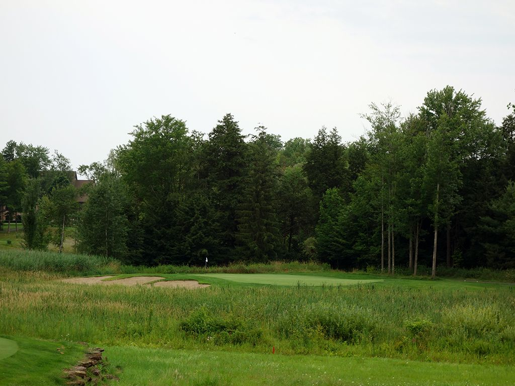 9th Hole at Shenendoah Golf Club at Turning Stone (186 Yard Par 3)