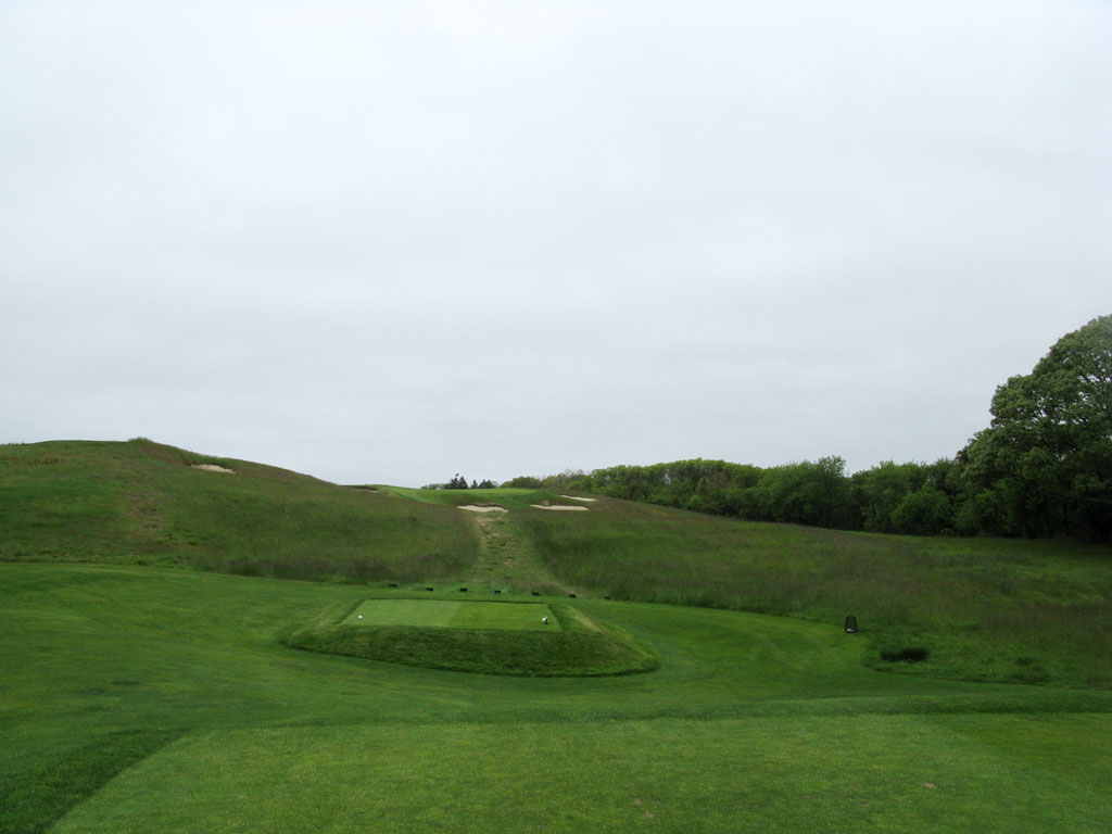 11th (Hill Head) Hole at Shinnecock Hills (154 Yard Par 3)