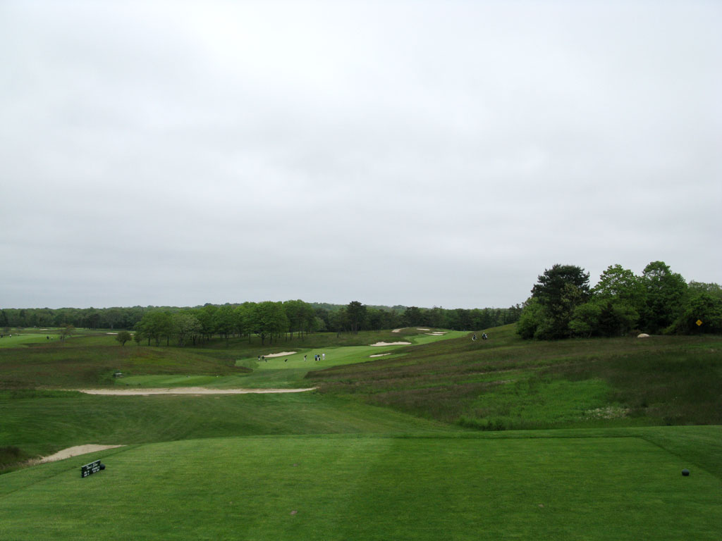14th (Thom's Eldow) Hole at Shinnecock Hills (449 Yard Par 4)