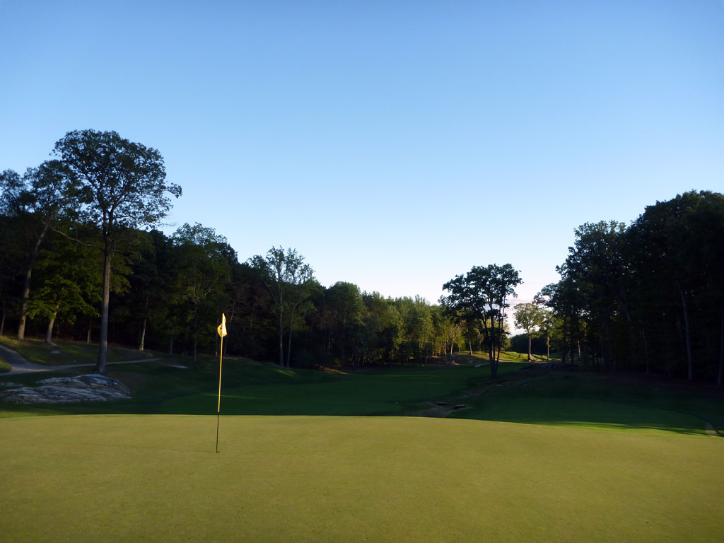 12th Hole at Sleepy Hollow Country Club (541 Yard Par 5)