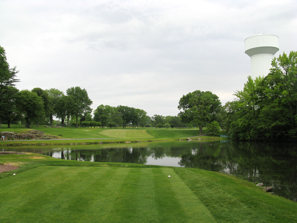 4th Hole at Winged Foot (East) (578 Yard Par 5)