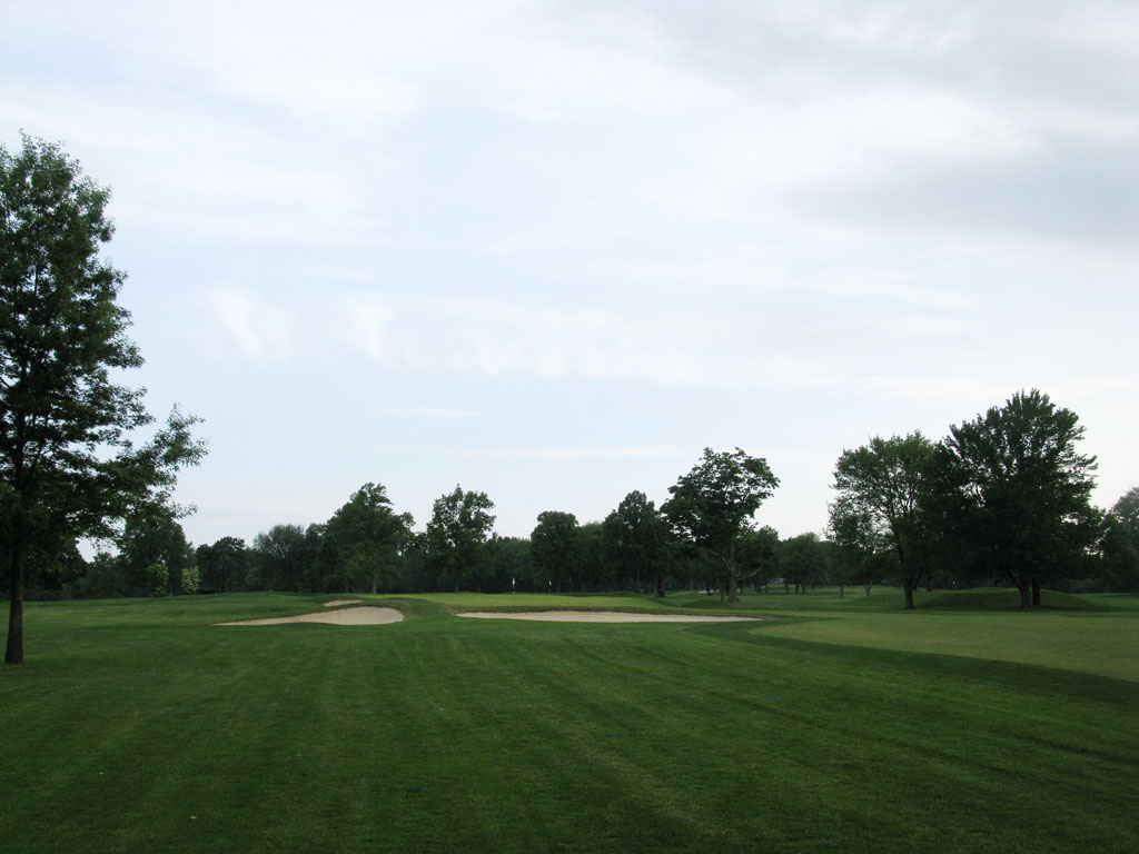 1st Hole at Winged Foot Golf Club (West) (450 Yard Par 4)