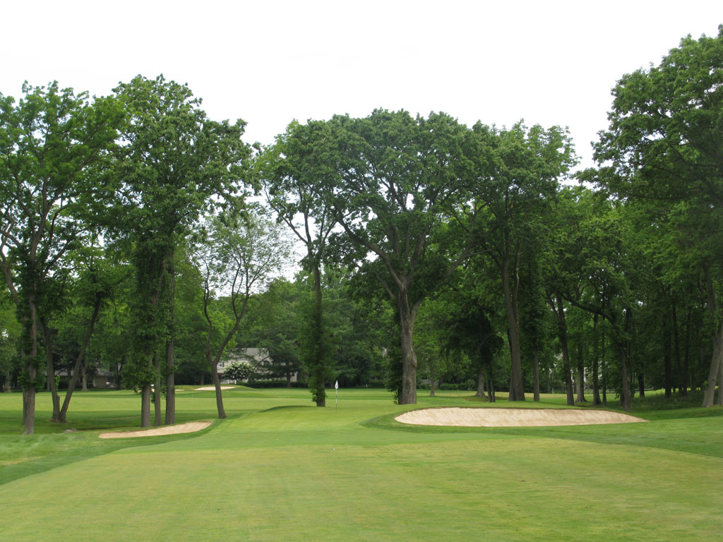 6th Hole at Winged Foot Golf Club (West) (321 Yard Par 4)
