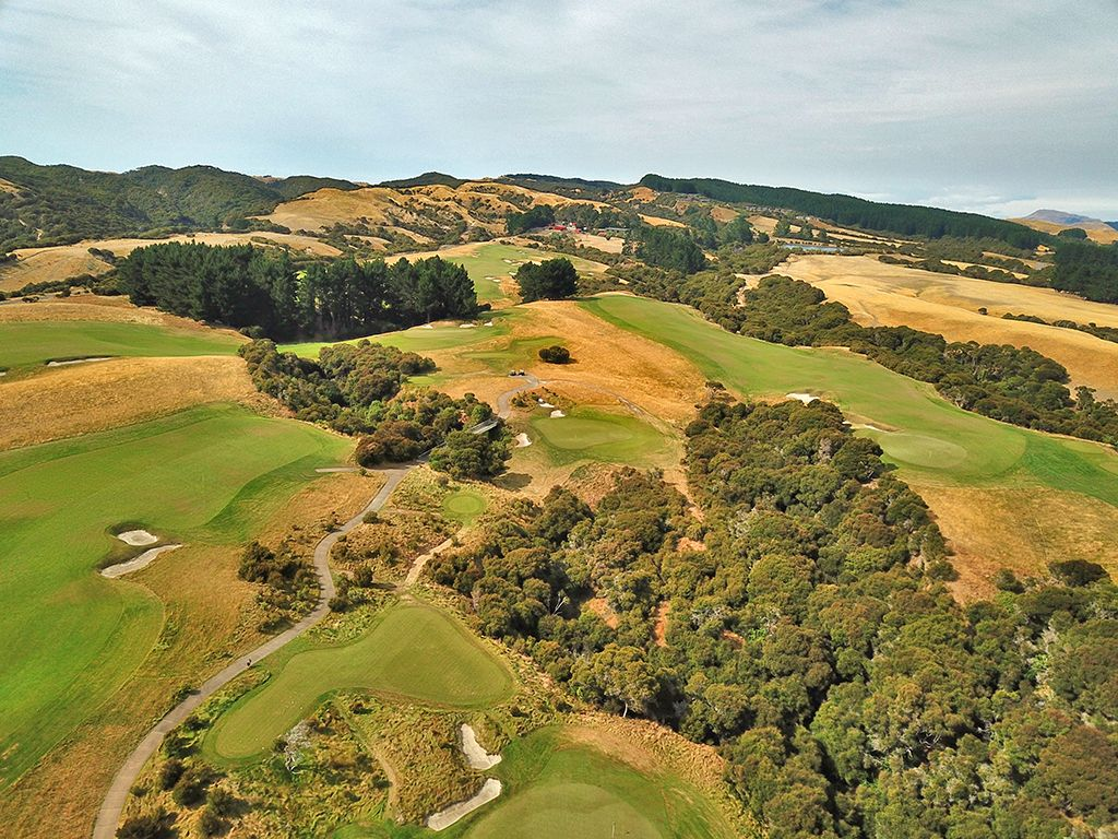 8th Hole at Cape Kidnappers Golf Course (182 Yard Par 3)