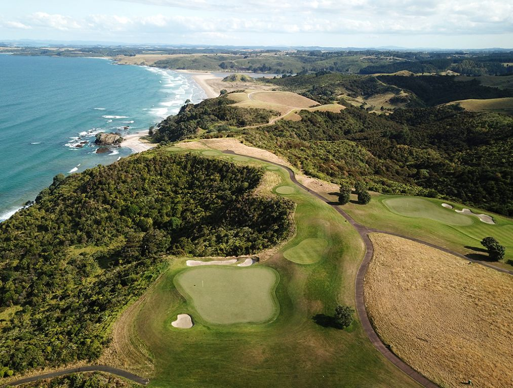 7th Hole at Kauri Cliffs Golf Course (220 Yard Par 3)