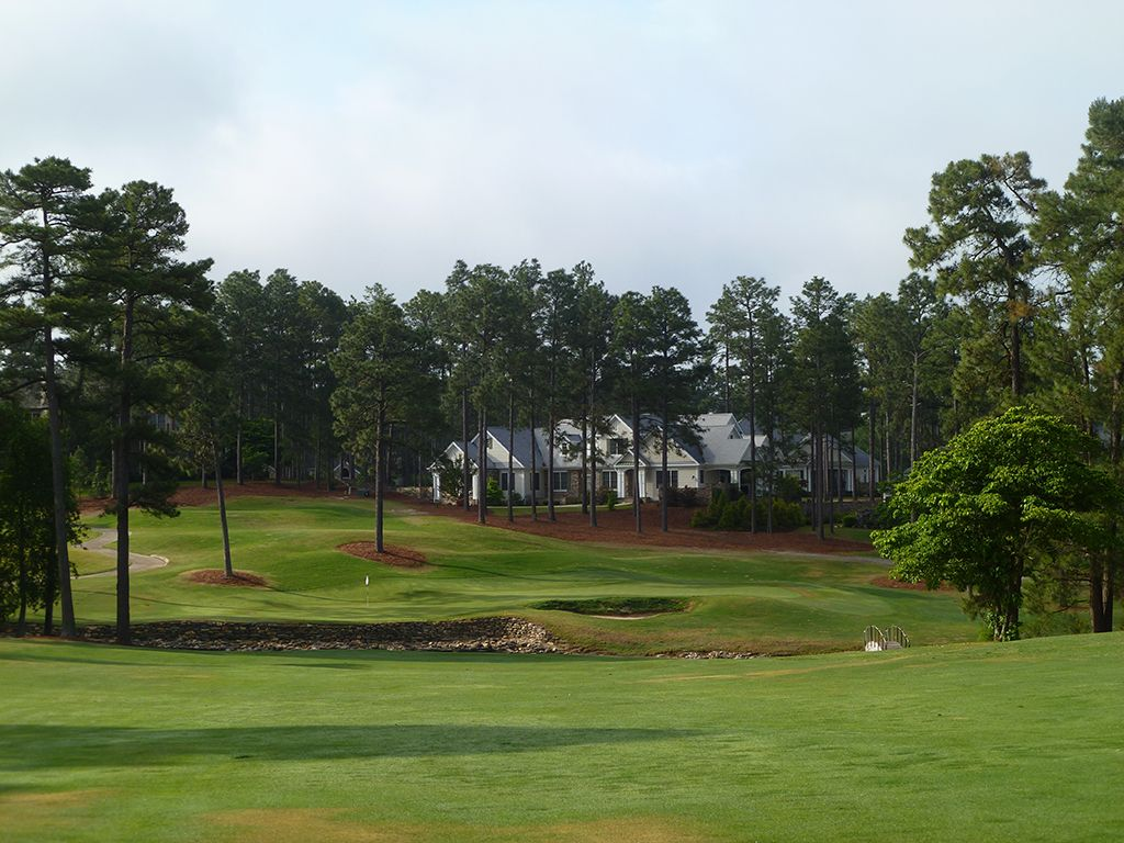 5th Hole at Pinehurst Resort No.9 (439 Yard Par 4)