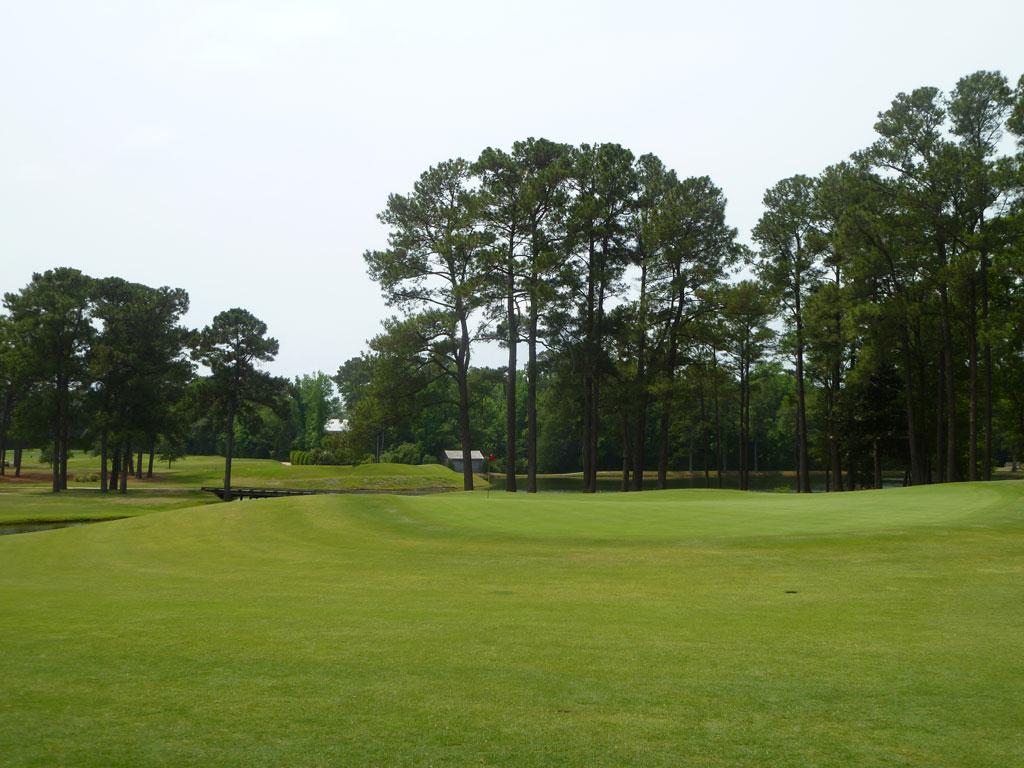4th Hole at Cape Fear Country Club (460 Yard Par 4)