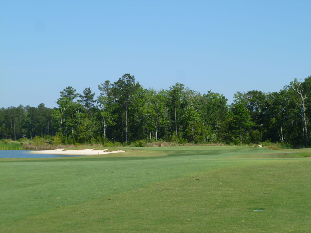 7th Hole at Cape Fear National (381 Yard Par 4)