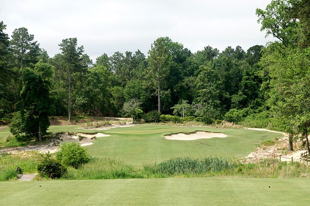 2nd Hole at Mid Pines Golf Club (190 Yard Par 3)