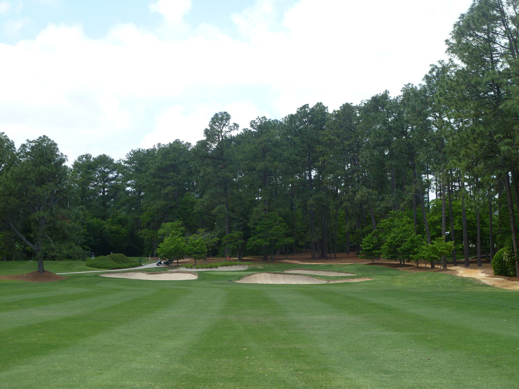 10th Hole at Mid Pines (514 Yard Par 5)