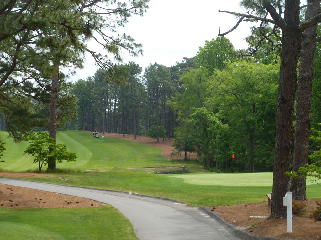 5th Hole at Mid Pines (484 Yard Par 5)