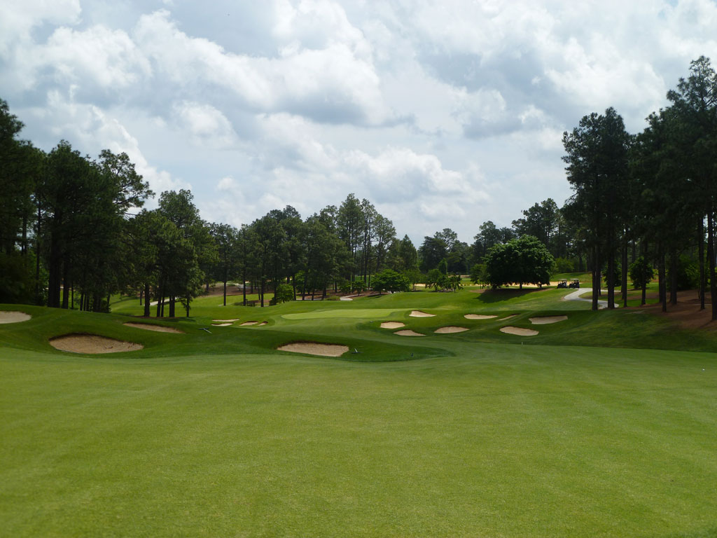 2nd Hole at Pinehurst Resort No.4 (495 Yard Par 5)