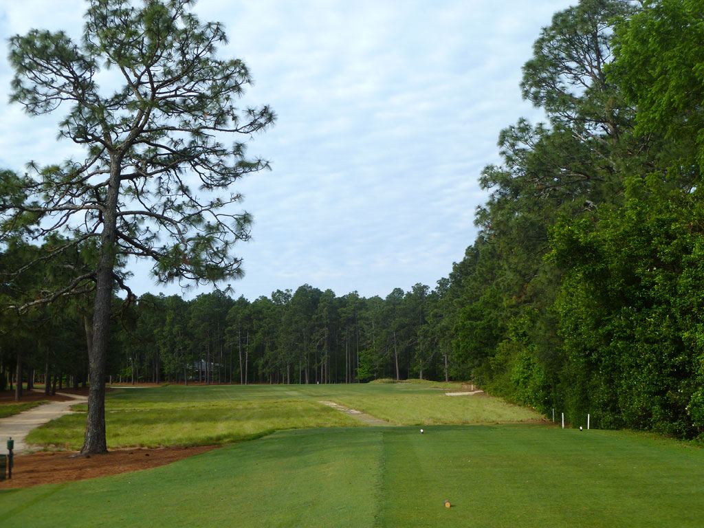 17th Hole at Pine Needles Golf Course (461 Yard Par 4)