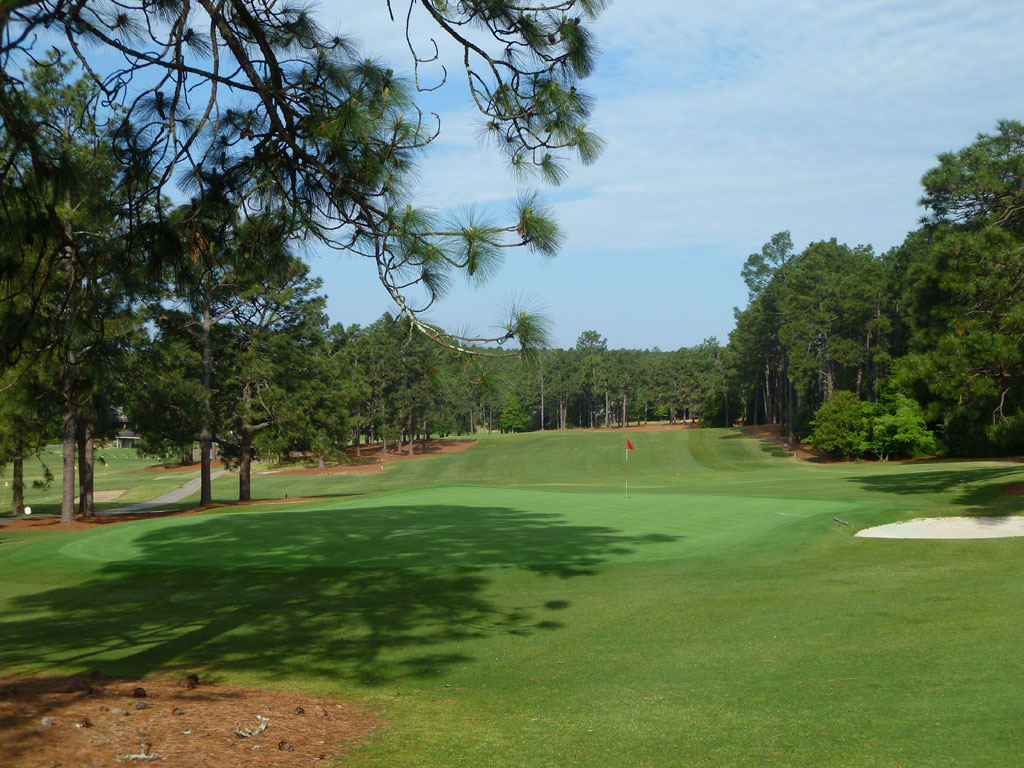 1st Hole at Pine Needles Golf Course (504 Yard Par 5)