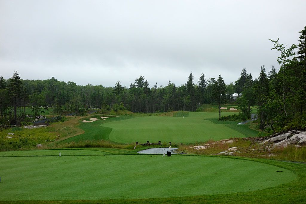 18th Hole at Brunello, The Links at  (421 Yard Par 4)