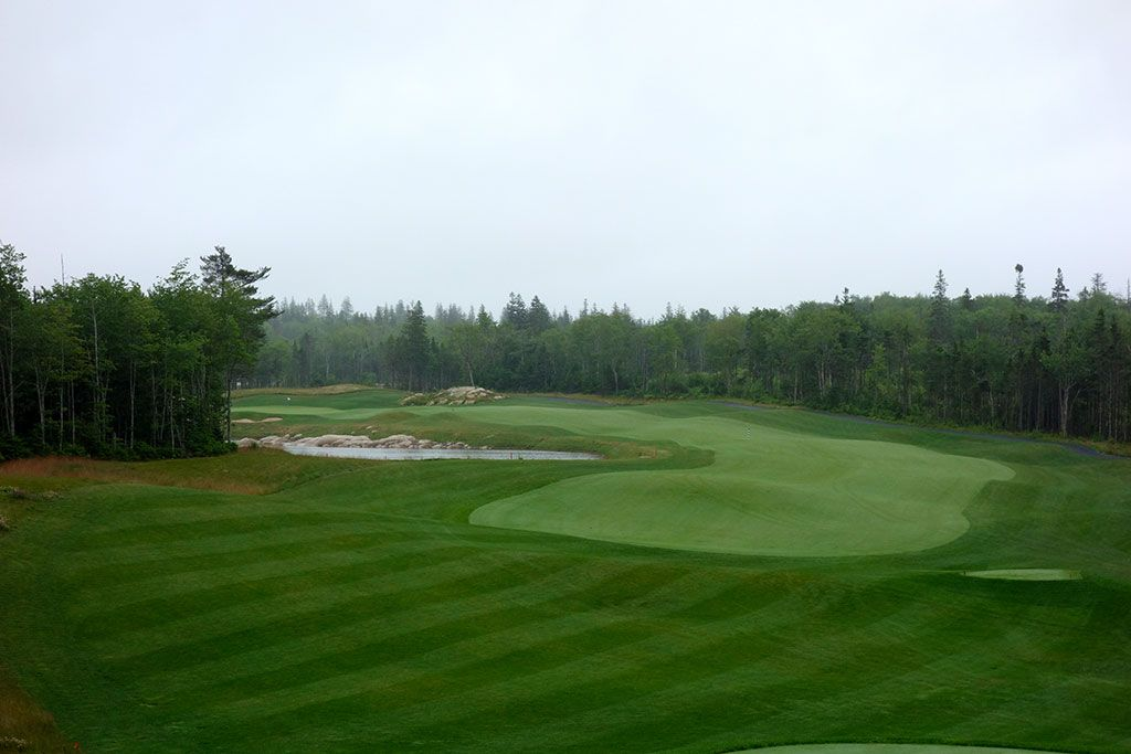 4th Hole at Brunello, The Links at  (469 Yard Par 4)