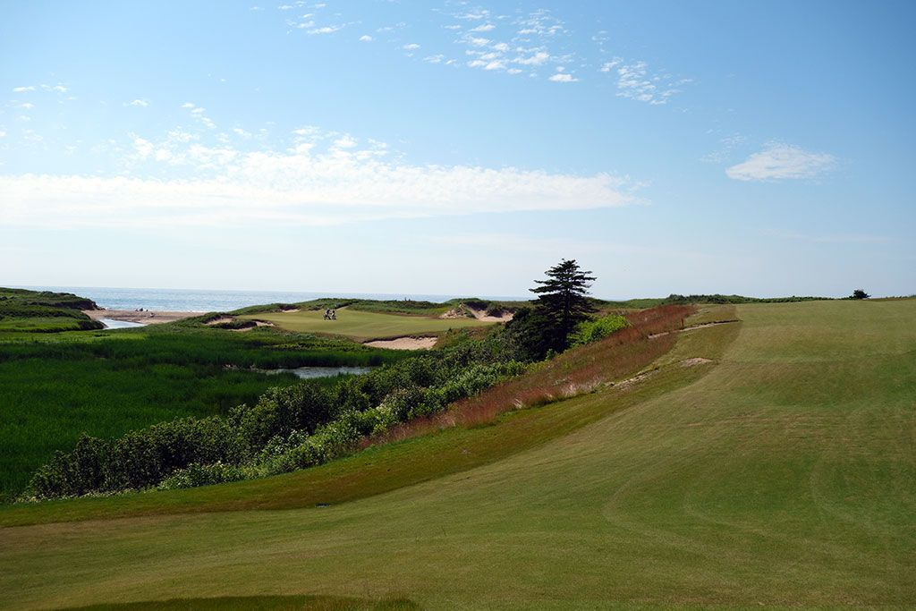 5th Hole at Cabot Cliffs (330 Yard Par 4)