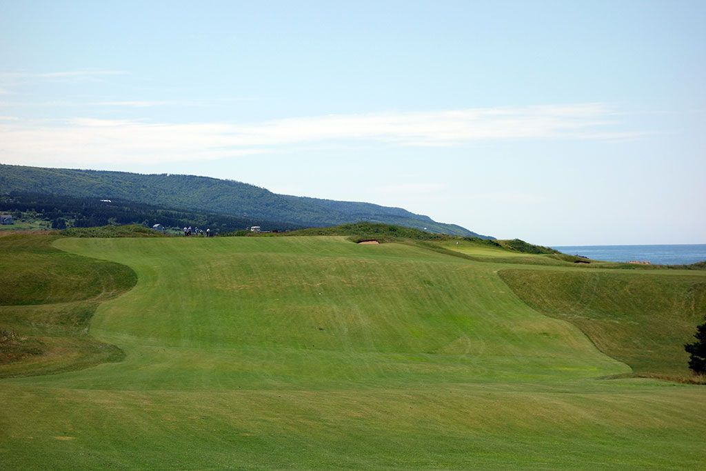 11th Hole at Cabot Links (620 Yard Par 5)