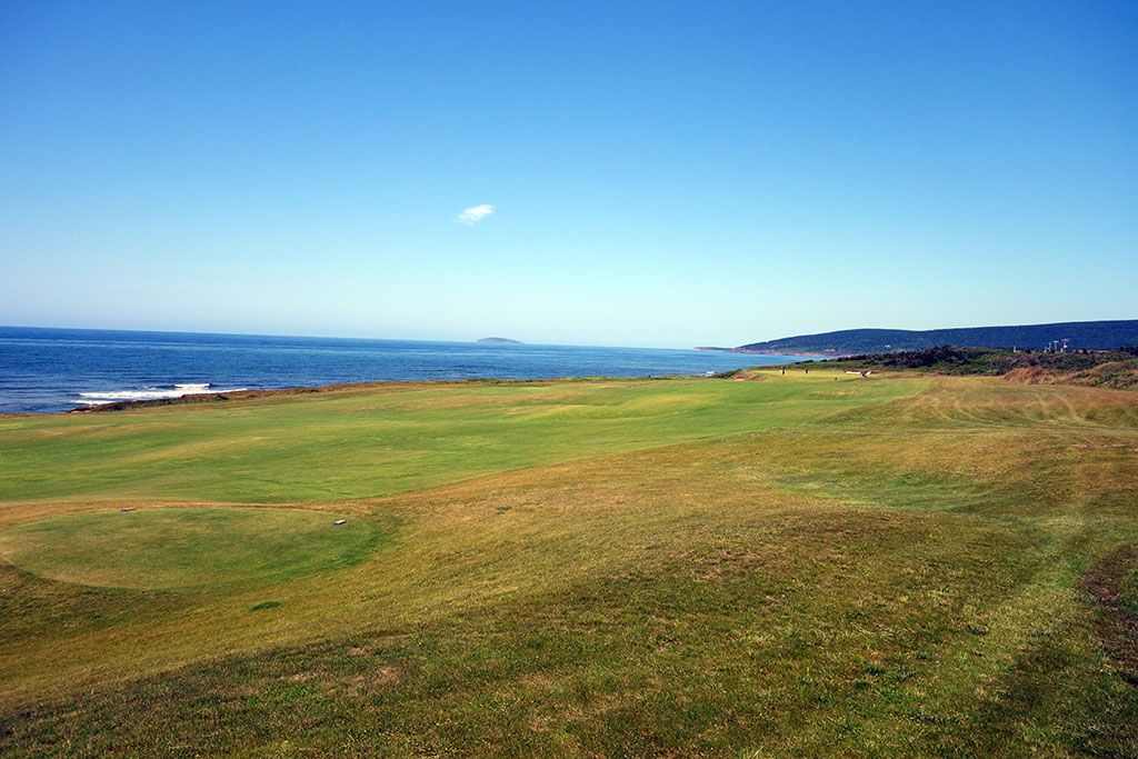 16th Hole at Cabot Links (457 Yard Par 4)