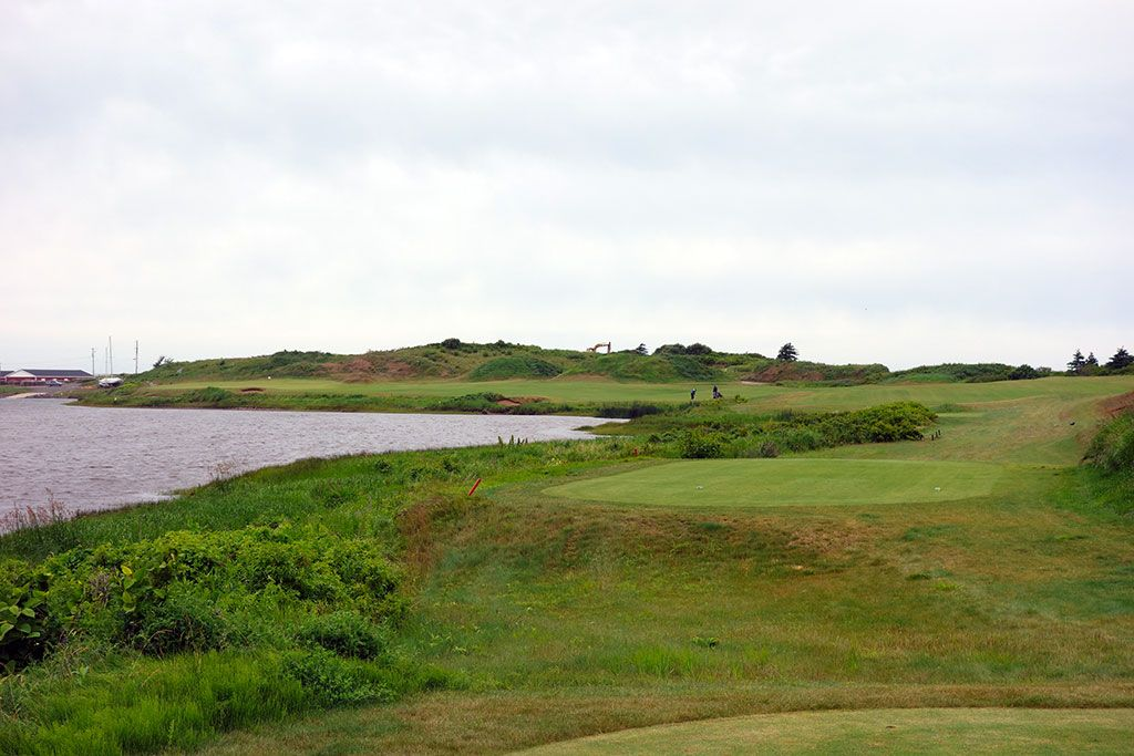 6th Hole at Cabot Links (465 Yard Par 4)